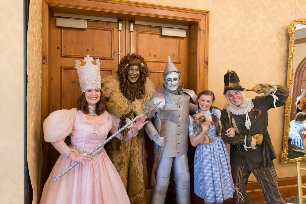 Cast from Wizard of Oz at O.Henry Hotel