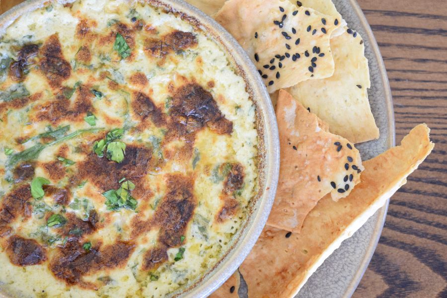 Blue Crab and Spinach Dip with crispy lavosh